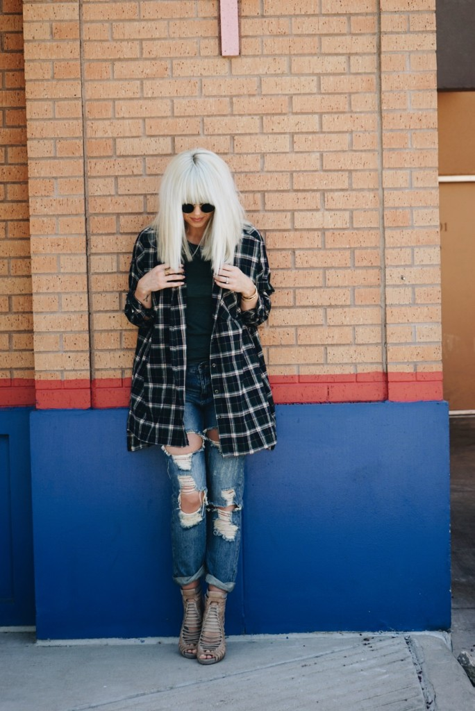 Ways to Wear Your Favorite Fall Flannel - Taylor Madu